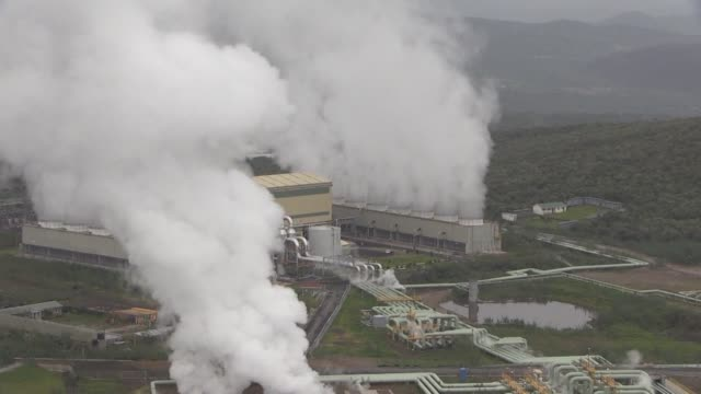 kenya is tapping geothermal heat in the great rift valley to boost its electricity production in a bid to triple output by 2020 - offerta d'asta video stock e b–roll