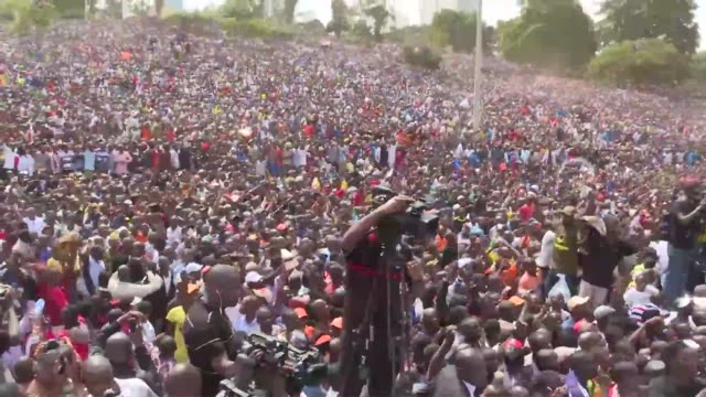 kenyan opposition leader raila odinga has himself sworn in as an alternative president in front of thousands of supporters three months after an... - raila odinga stock videos and b-roll footage