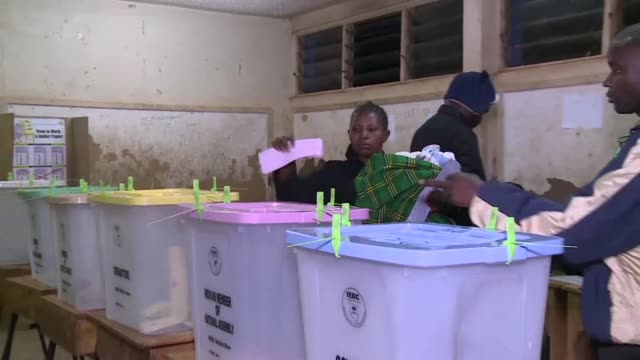 kenyans began voting on tuesday in general elections with a tight bad tempered race between president uhuru kenyatta and his longtime rival raila... - raila odinga stock videos and b-roll footage