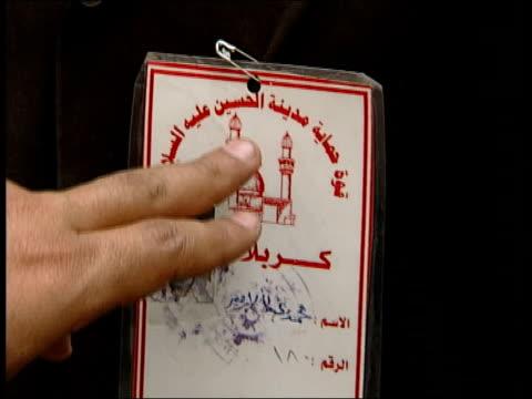 kerbala: ext seq shia muslims praying at mosque int seyed mortada al-qazweeni interviewed sot - they need islamic regime because islam is the... - shi'ite islam stock videos & royalty-free footage