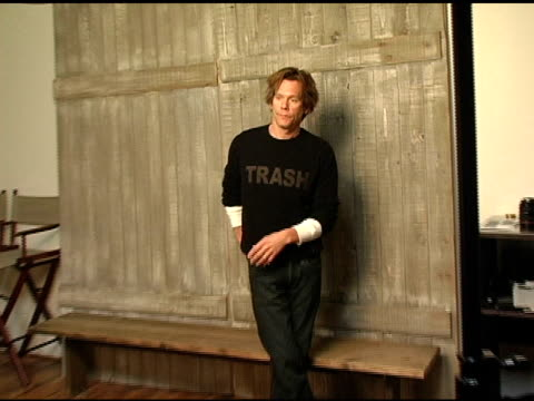 kevin bacon at the 2005 hp portrait studio presented by wireimage at hp portrait studio in park city, utah on january 25, 2005. - park city utah video stock e b–roll