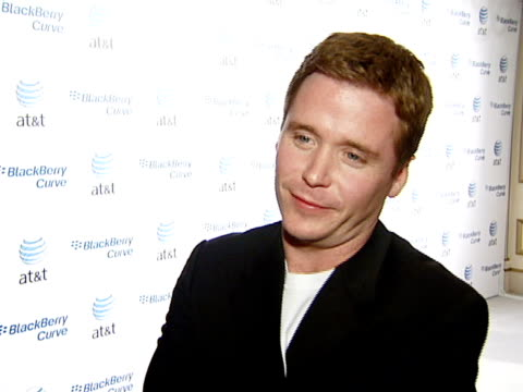 kevin connolly at the blackberry curve from at&t u.s. launch party at beverly hills california. - curve stock videos & royalty-free footage