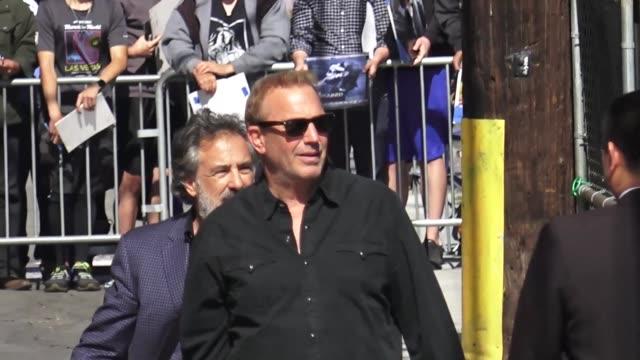 stockvideo's en b-roll-footage met kevin costner arrives at the 'jimmy kimmel live' studio in hollywood at celebrity sightings in los angeles on june 07 2019 in los angeles california - kevin costner