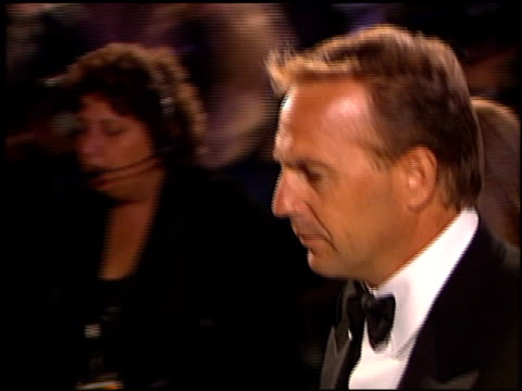 kevin costner at the 1999 academy awards vanity fair party at morton's in west hollywood california on march 21 1999 - kevin costner stock videos & royalty-free footage