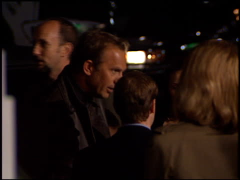 stockvideo's en b-roll-footage met kevin costner at the 'message in a bottle' premiere at the mann village theatre in westwood california on february 8 1999 - kevin costner