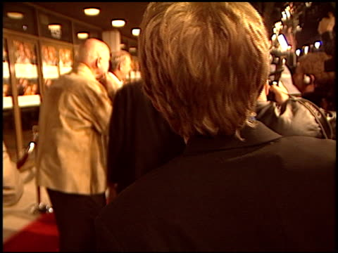 kevin costner at the premiere of 'the upside of anger' on march 3 2005 - kevin costner stock videos & royalty-free footage
