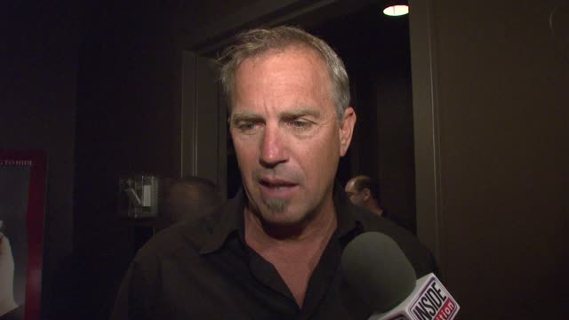 stockvideo's en b-roll-footage met kevin costner on the choice of 'mr brooks' on his directing skills on the madonna apology and experiencing fatherhood at the special new york... - kevin costner