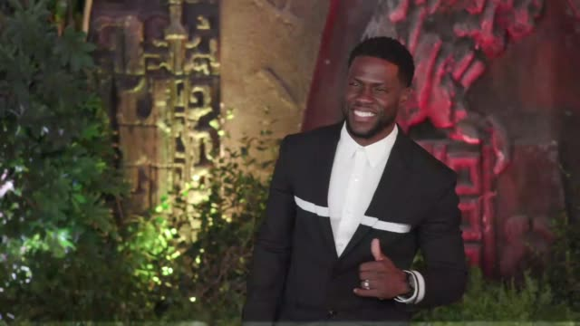 Kevin Hart at the 'Jumanji Welcome to the Jungle' Premiere at TCL Chinese Theatre on December 11 2017 in Hollywood California