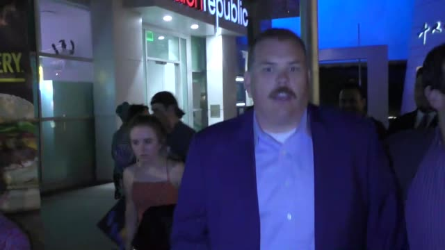 kevin heffernan poses for fans outside the super troopers 2 premiere at arclight cinemas in hollywood in celebrity sightings in los angeles - super troopers 2 stock videos & royalty-free footage