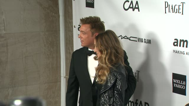 kevin huvane sarah jessica at amfar's inspiration gala los angeles on 8/11/12 in los angeles ca - kevin huvane stock videos & royalty-free footage