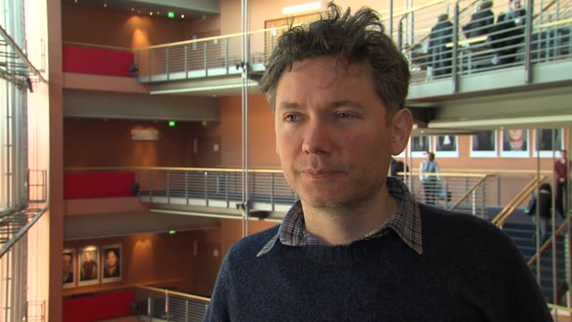 kevin macdonald on the inspiration of bob marley's music and his influence at marley interview: at berlinale palace on february 12, 2012 in berlin,... - ボブ・マーリー点の映像素材/bロール
