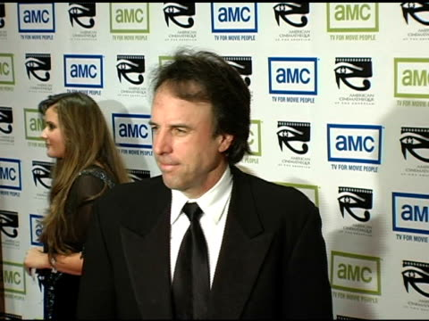 kevin nealon at the 19th annual american cinematheque award honoring steve martin at the beverly hilton in beverly hills california on november 12... - スティーブ マーティン点の映像素材/bロール