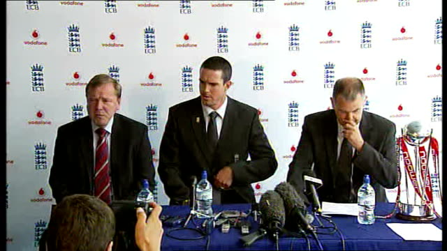 Kevin Pietersen press conference after captaincy announcement ENGLAND London Lords Cricket Ground INT Kevin Pietersen Geoff Miller arriving at press...