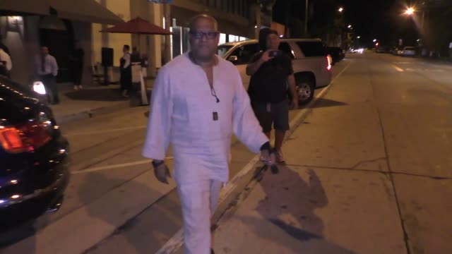 kevin pollak alfred molina laurence fishburne richard kind leave dinner at craig's restaurant in west hollywood in celebrity sightings in los angeles - alfred molina stock videos & royalty-free footage