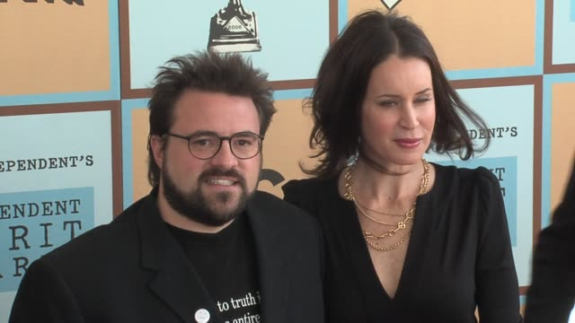 kevin smith and wife jennifer schwalbach smith at the the 21st annual ifp independent spirit awards in santa monica, california on march 4, 2006. - independent feature project stock videos & royalty-free footage