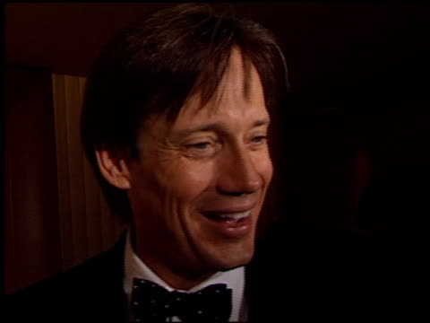 kevin sorbo at the 2002 entertainment tonight emmy party at the mondrian hotel in west hollywood, california on september 22, 2002. - モンドリアンホテル点の映像素材/bロール