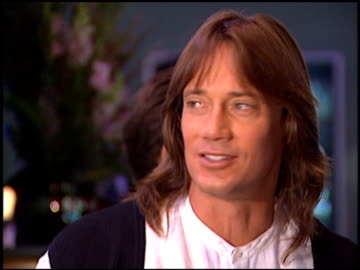 stockvideo's en b-roll-footage met kevin sorbo at the natpe 96 at las vegas sands convention center in las vegas, nevada on january 22, 1996. - natpe convention