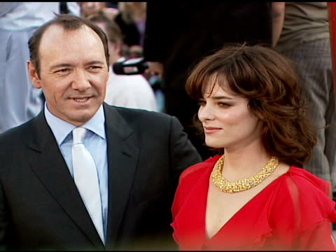 kevin spacey and parker posey at the 'superman returns' premiere at the mann village theatre in westwood, california on june 21, 2006. - parker posey stock videos & royalty-free footage