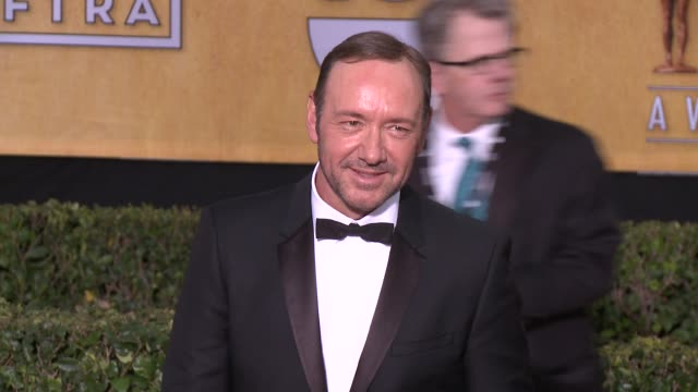 kevin spacey at 20th annual screen actors guild awards arrivals at the shrine auditorium on in los angeles california - シュラインオーディトリアム点の映像素材/bロール