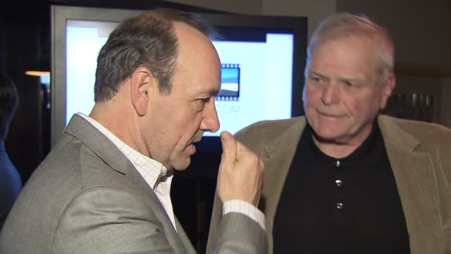 kevin spacey, brian dennehy and guest at the kevin spacey announces winner of 2009 stella artois short film project at new york ny. - brian dennehy stock videos & royalty-free footage