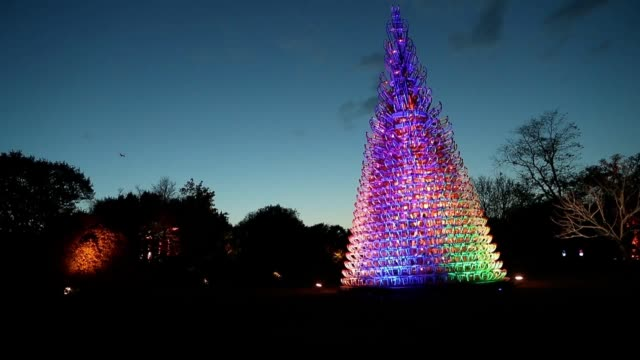 Kew Gardens has opened its impressive winter light show For the festive season the iconic UNESCOlisted botanical gardens in London has been covered...