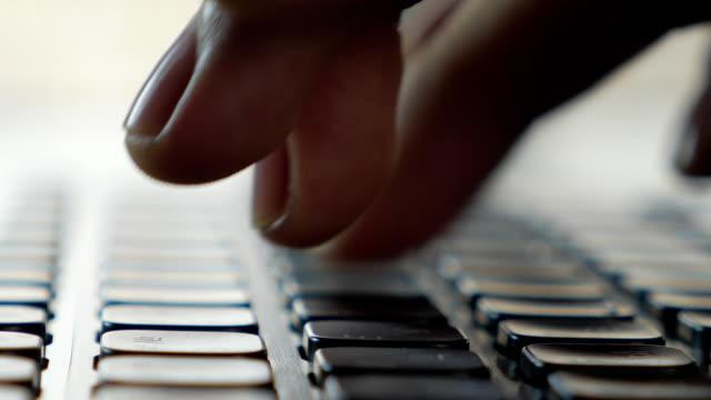 Keyboard typing (macro)