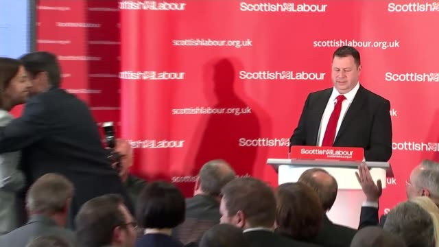 vídeos de stock, filmes e b-roll de kezia dugdale elected scottish labour leader; scotland: stirling: int scottish labour official making announcement sot - it gives me great pleasure... - stirling