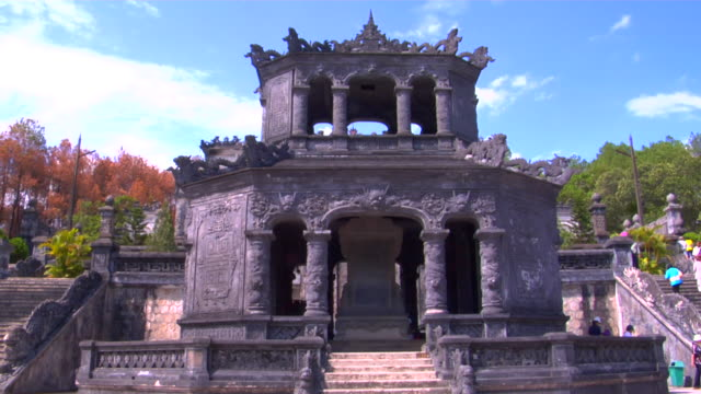 ms khai dinh tomb, hue, vietnam - stationary process plate stock videos & royalty-free footage