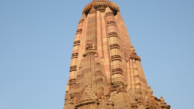 khajuraho temple, india, unesco world heritage site. - 堆積岩点の映像素材/bロール