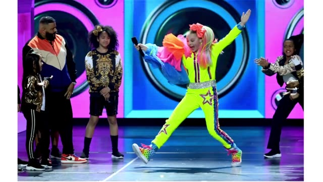 khaled and jojo siwa perform onstage at nickelodeon's 2019 kids' choice awards at galen center on march 23, 2019 in los angeles, california. - nickelodeon stock videos & royalty-free footage