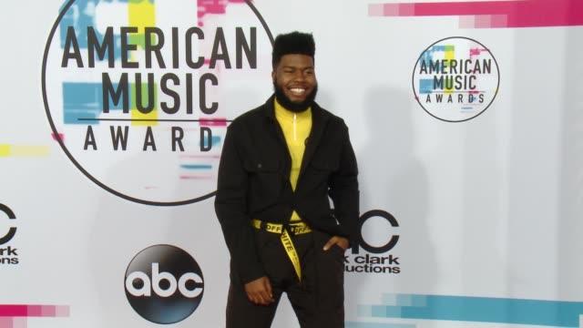 khalid at 2017 american music awards on november 19 2017 in los angeles california - american music awards stock videos & royalty-free footage