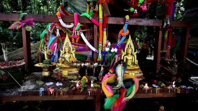 kham chanot in thailand - altar stock videos & royalty-free footage