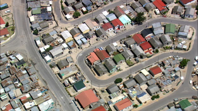 khayelitsha  - aerial view - western cape,  city of cape town,  south africa - housing difficulties stock videos & royalty-free footage
