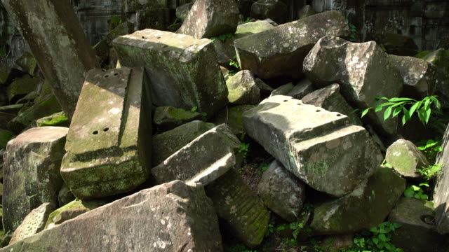 khmer temple - 不完全な美しさ点の映像素材/bロール