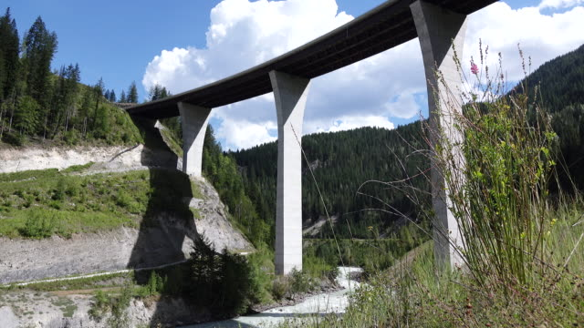 Kicking Horse Bridge