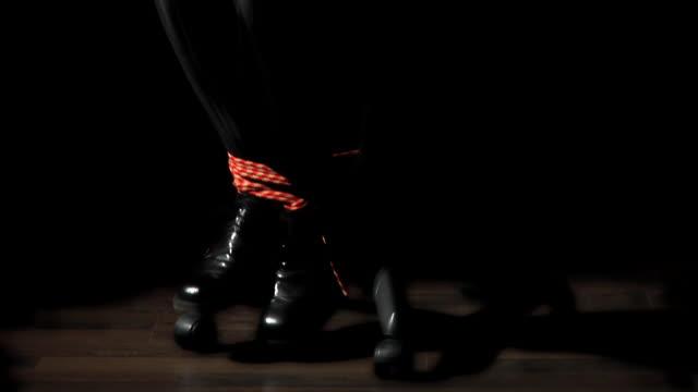 stockvideo's en b-roll-footage met hd: kidnapped - torture