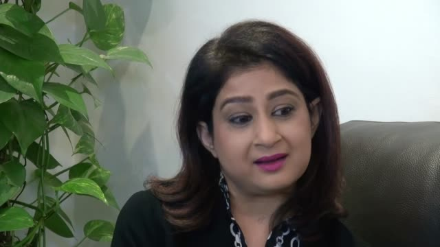 kidney transplant patient sabina saeed urges more people to consider organ donation; england: london: int sabina saeed interview sot various shots of... - human kidney点の映像素材/bロール