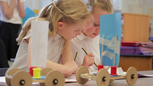 kids in arts and craft - uniform stock videos & royalty-free footage