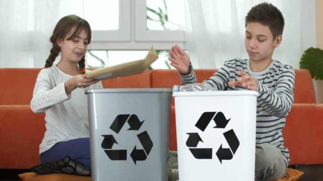 HD DOLLY: Kids Sorting Plastic Bottles