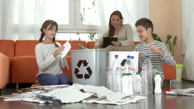 HD DOLLY: Kids Sorting Trash At Home