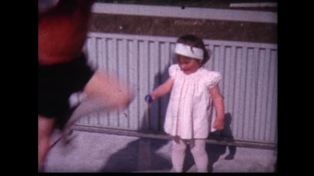 1963 kids teach young girl to jump rope