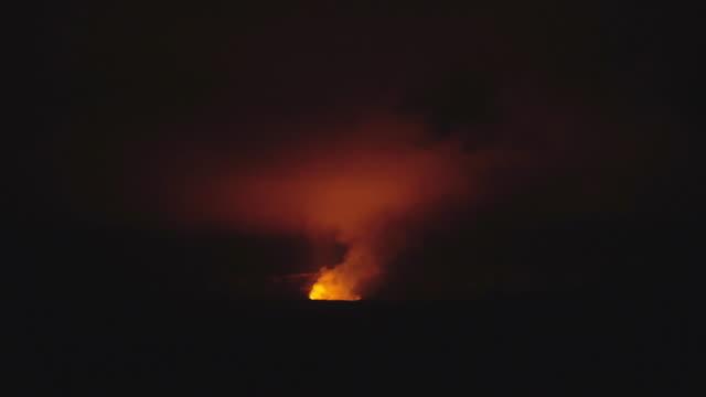 kilauea volcano, hawai - erupting stock videos & royalty-free footage
