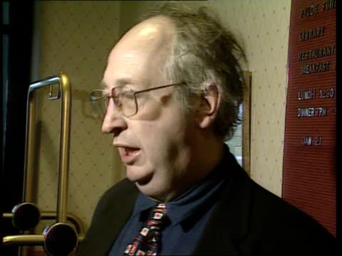 kilshaw internet babies scandal: new adoption laws rushed through; itn england: lancashire: lytham st annes int alan kilshaw speaking to press sot -... - リザムセントアンズ点の映像素材/bロール