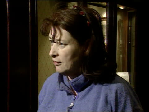 kilshaw internet babies scandal: new adoption laws rushed through; england: lancashire: lytham st annes judith kilshaw speaking to press sot - all... - リザムセントアンズ点の映像素材/bロール