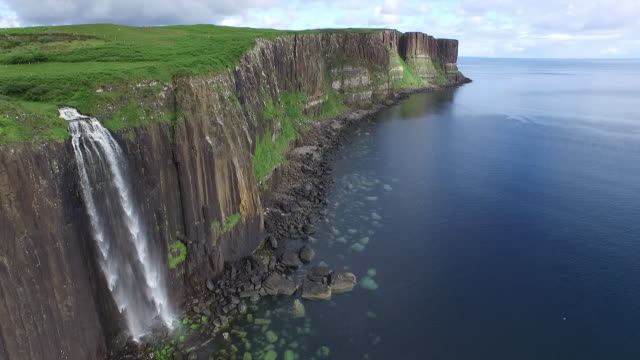 kilt rock waterfall, isle of skye, scotland, july 2015 - skye stock videos and b-roll footage