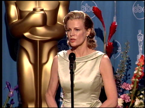 Kim Basinger at the 1998 Academy Awards at the Shrine Auditorium in Los Angeles California on March 23 1998
