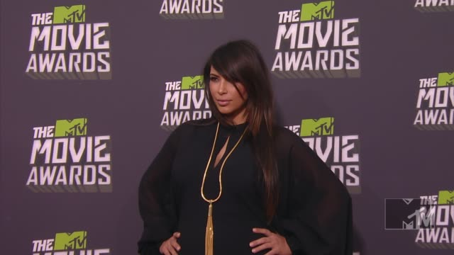 kim kardashian at 2013 mtv movie awards arrivals 4/14/2013 in culver city ca - mtv movie & tv awards stock videos & royalty-free footage