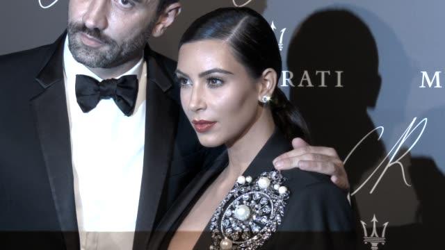 kim kardashian at cr fashion book issue no5 launch party by carine roitfeld and stephen gan at the peninsula hotel on september 30 2014 in paris... - 2014 bildbanksvideor och videomaterial från bakom kulisserna