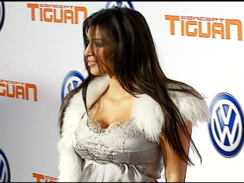 kim kardashian at the us premiere of concept car tiguan presented by volkswagen at raleigh studios in hollywood california on november 28 2006 - 2006 stock videos & royalty-free footage