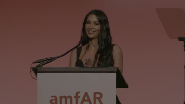 speech kim kardashian presents award to mert and marcus at 21st annual amfar gala new york at cipriani wall street on february 06 2019 in new york... - gala stock videos & royalty-free footage